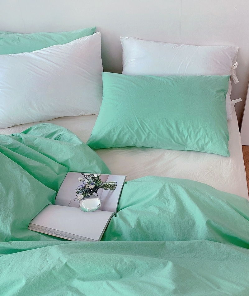 Solid Cotton Bedding (Holiday Green)