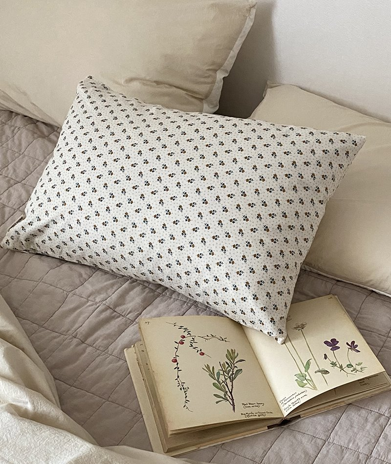Jardin Flower Pillow Cover